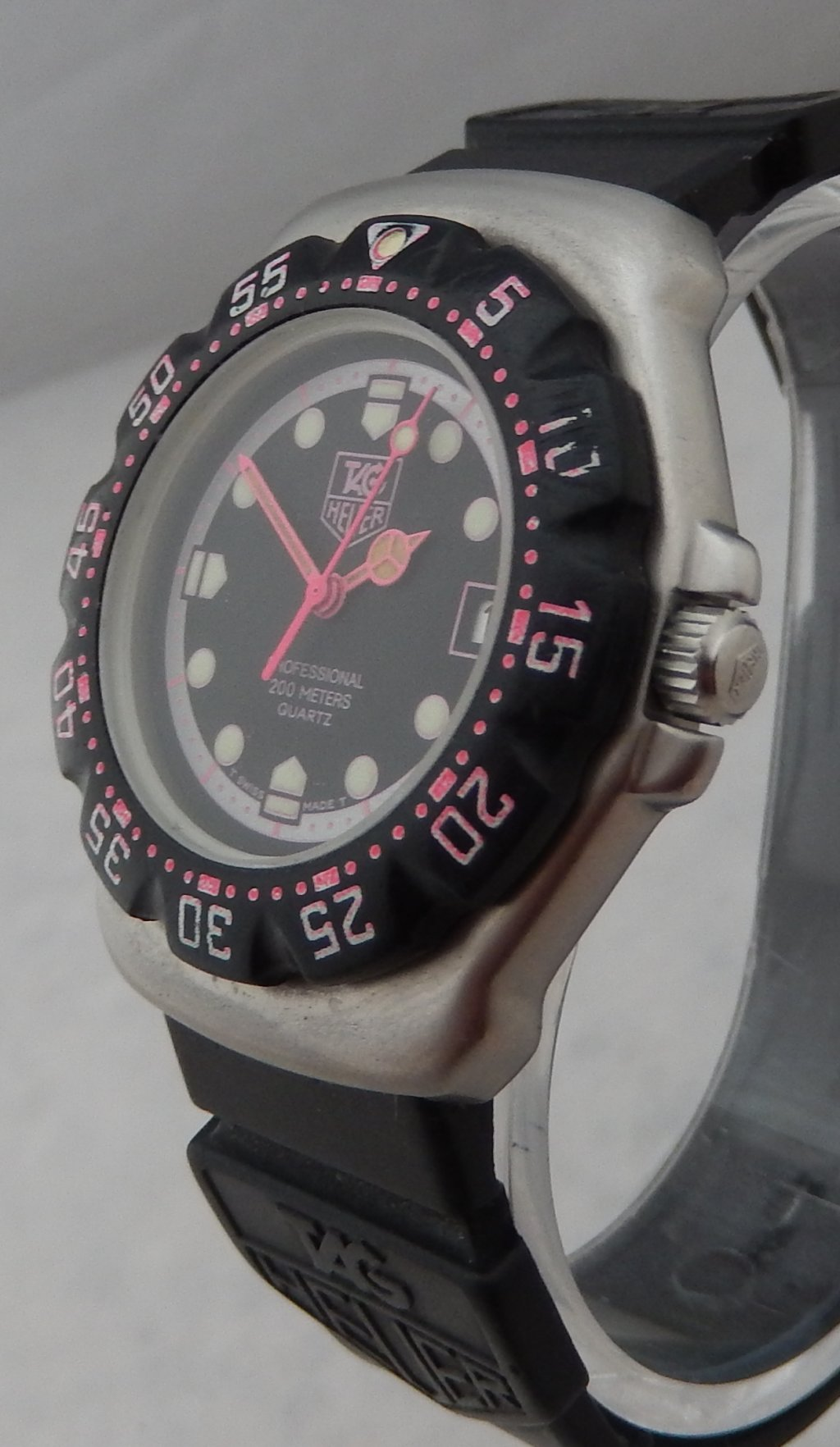 Details About Tag Heuer F1 Formula One 35mm Mens Rare Pink Black 1990 S Vintage Watch